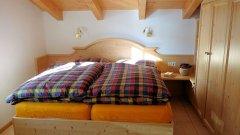 schlafzimmer_3.jpg