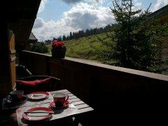 almperle_balkon_vorne_sommer.jpg